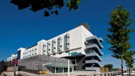 تحلیل و بررسی بیمارستان تخصصی بارسلون،به همراه پلان ها و تصاویر