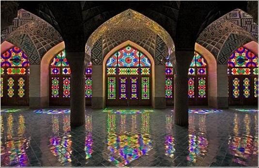 بررسي فرهنگ و تمدن معماري ايران