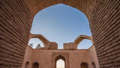 ورودی آرامگاه شیخ علاالدوله سمنانی